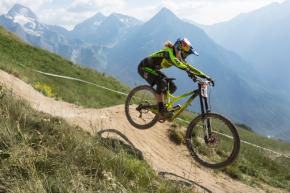 ixs-european-downhill-cup-myriam-nicole-descente-deux-alpes