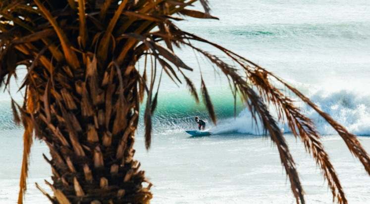 maroc surf girl.jpg