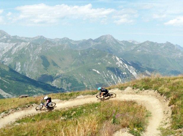 Meribel vtt bikepark enduro11