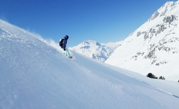roxy snow primaloft