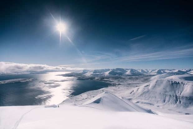 14islande sur snowboard féminin