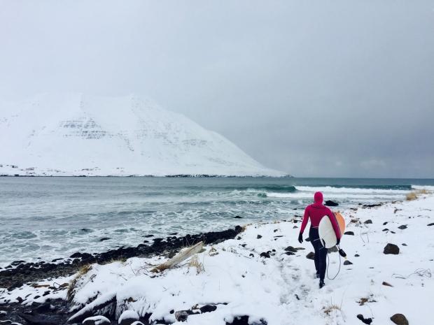 islande sur snowboard féminin