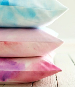 coussin t shirt tie dye